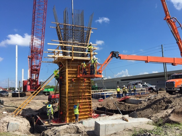 Active Workers with Bridge Structure Framing